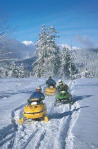 snowmobililng-maureen provencal